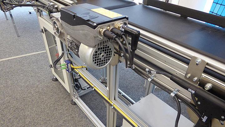 Förderband von Lenze mit A-TEC Funktionsmodulen von LQ